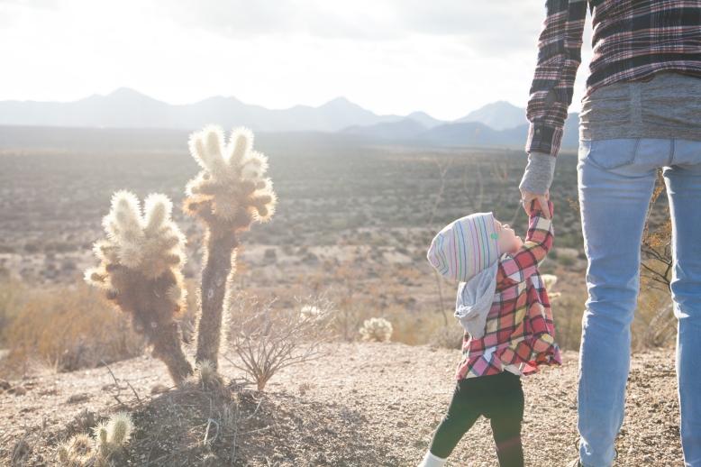 mother-child-desert